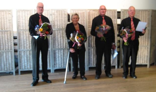Van links naar rechts: Rob Verhoeven, Riet Middelkoop-Oskam, Rinus Oskam en Jan Puper. Eigen foto