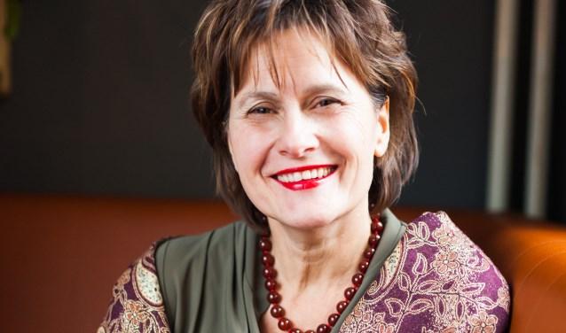 Liefdesexpert en auteur Carla Ketelaar