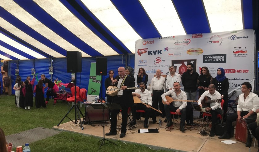 TOV en JoU zorgden met de Pinksterdagen voor een tof evenement in Amaliapark