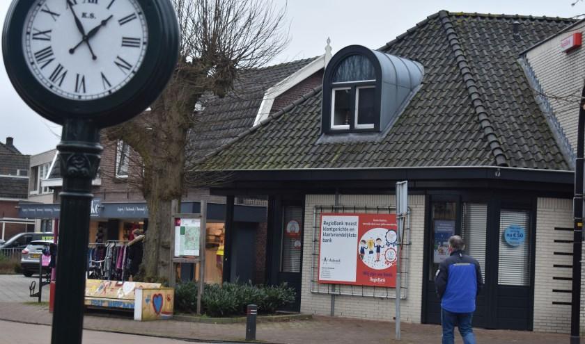 Ook de Dorpsstraat staat op de agenda om te worden aangepakt. Foto: Jolien van Gaalen.