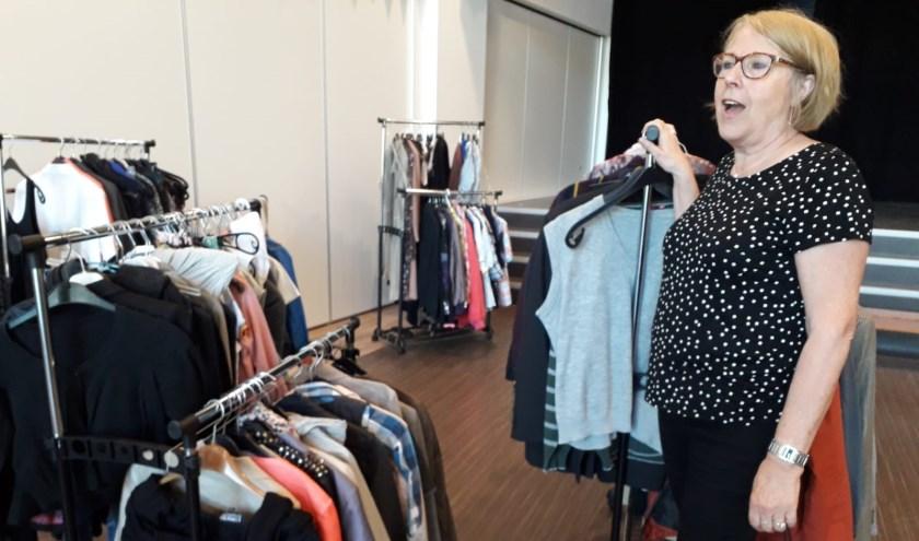 Wilma Fransen in de weggeefwinkel in Groesbeek