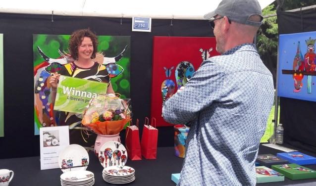 Kunstenares Ester Steintjes uit Sint Isidorushoeve is winnares geworden van de eerste editie van de Liberein Prijs.