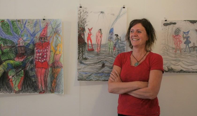 Nelleke Zandwijk in haar atelier in Heveadorp. Foto: Kees Jansen