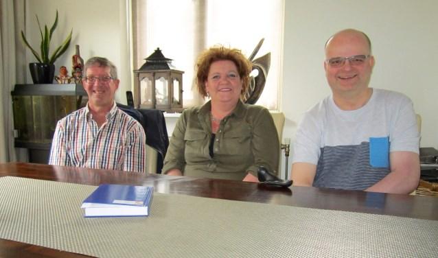 Uiterlijk is er niets mis, maar dat is precies waar mensen met NAH tegenaan lopen, vinden (vlnr) Wim Staal, Nancy de Haas en Twan van Gaal.