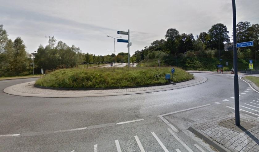 Na het aanleggen van de fietsbruggen wordt deze rotonde op de Postweg een turborotonde.