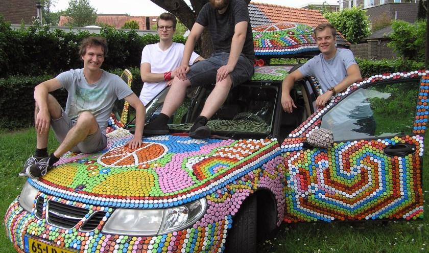 V.l.n.r. Tim, Swen, Koen en Casper. Op de foto ontbreekt teammaat Mathijs Drent.
