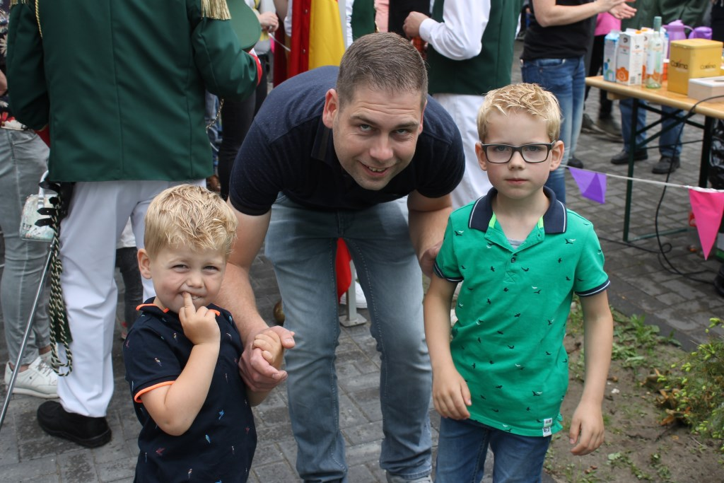 Volksfeest vieren zit er bij de familie Lammers al vroeg in  Foto: Leo van der Linde © Persgroep