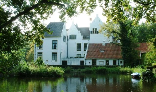 Het kasteel van Rhoon is een schitterend monument (Foto: Wikipedia)