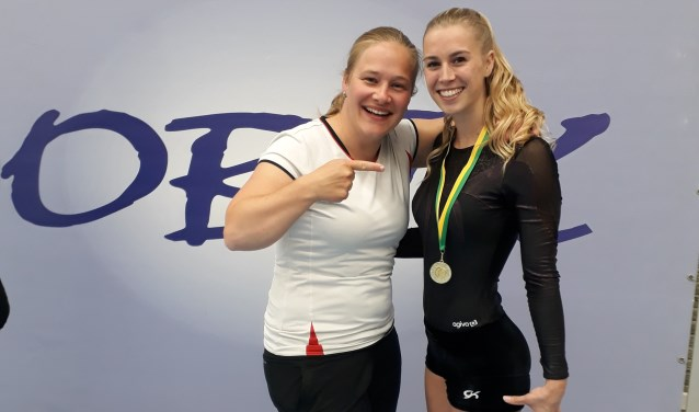 Anita wint medaille met Annelies