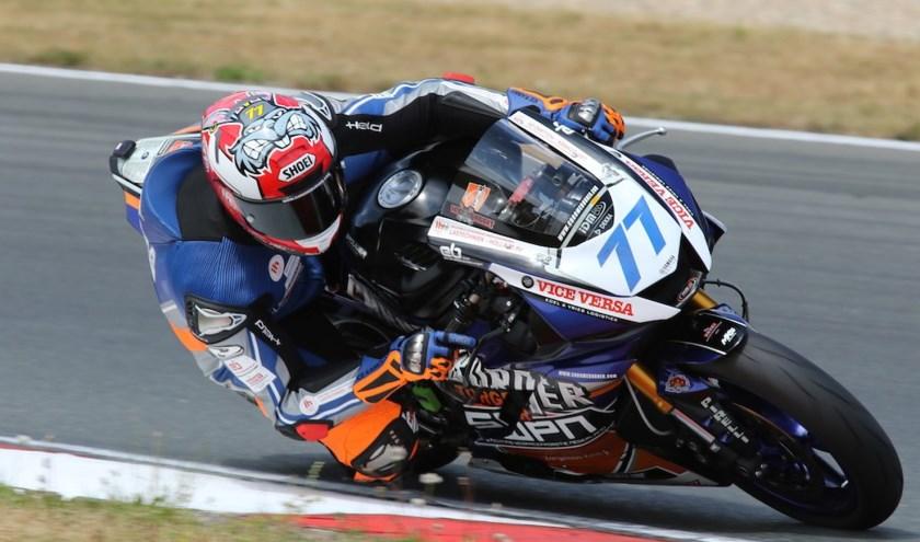 Wayne Tessels in actie op het circuit van Oschersleben