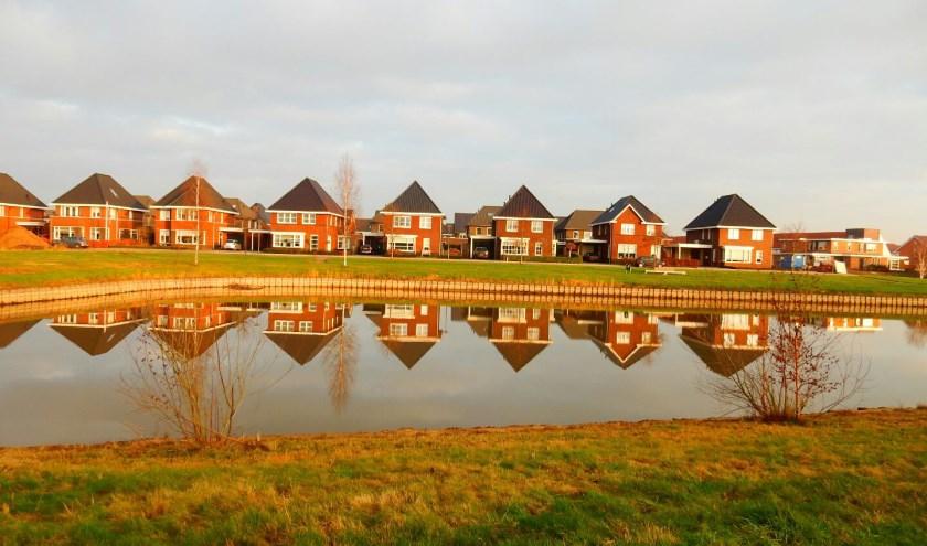 Zuidbroek in Wierden, een nieuwe wijk met groen en een ruime opzet. Foto: Jolien van Gaalen.