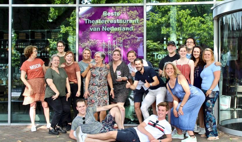 Over de Tong is uitgeroepen tot beste theaterrestaurant van Nederland. Een kroon op het werk van de werknemers.