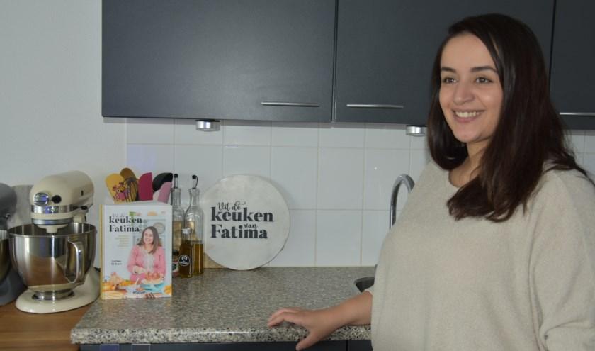 Fatima El Irari, trots in de keuken waar het allemaal begon.