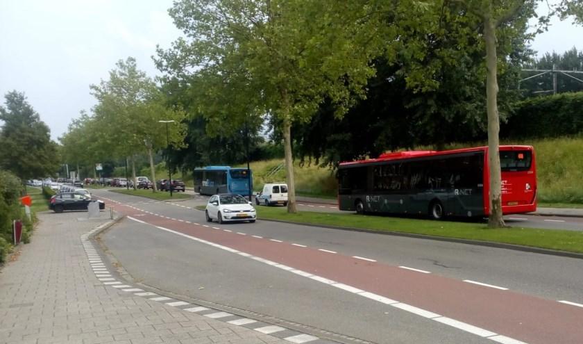 Ook de bussen moeten aansluiten in de file