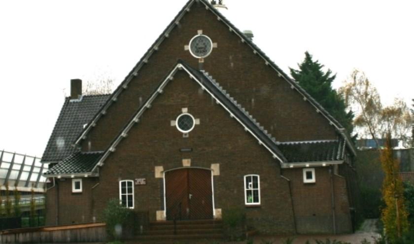 Meezingen en de tv-opnames bijwonen in de Nieuwe Kerk. (Foto: pr)