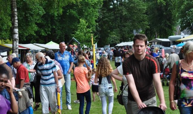 Het Stationspark in Wapenveld is zaterdag 15 juni voor de 30ste keer het  decor voor het Zomerfeest.