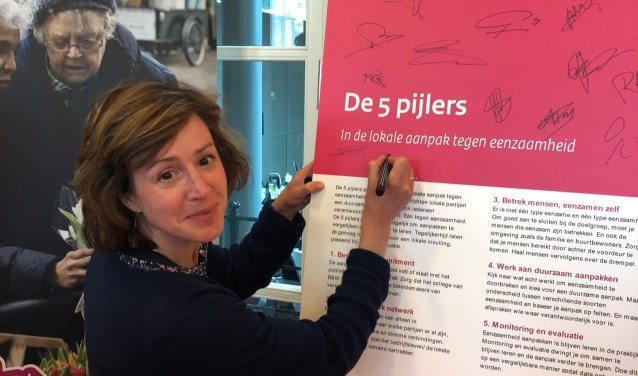 Heb je ideeën of wil je meedoen met betrekking tot dit thema? Meld je dan via communicatie@drimmelen.nl. Op de foto wethouder Lieke Schoenmaker.