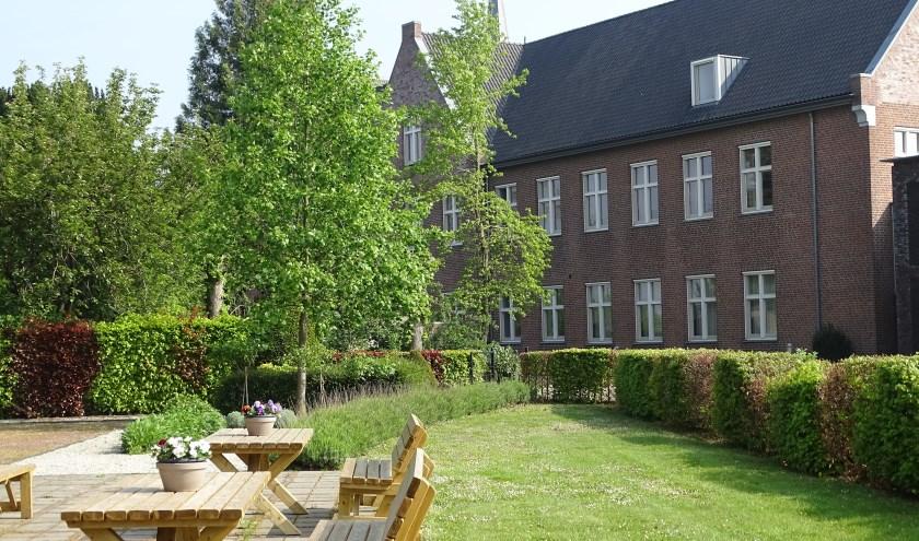 Klooster en kloostertuin St. Agatha.