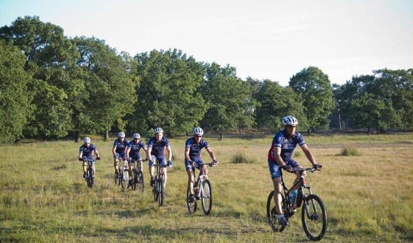 Rond Oss is prachtige natuur om door te fietsen, weten ook de leden van TWC Coppi uit Herpen.