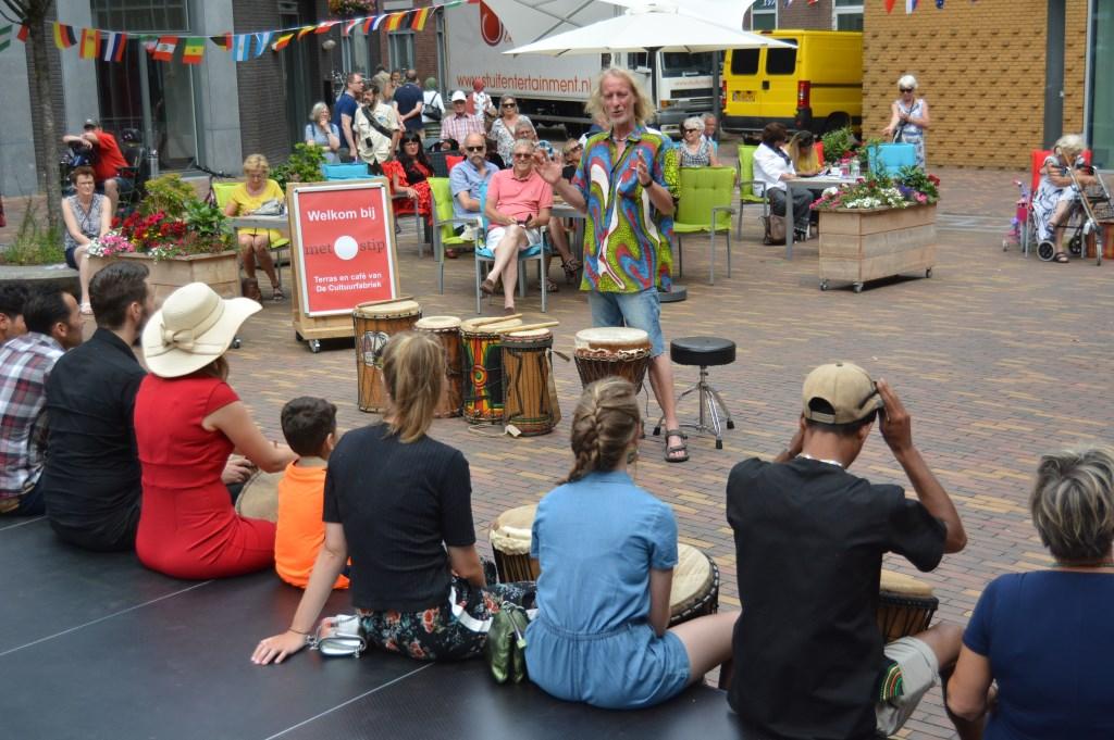 Percussie trommelen.  © Persgroep