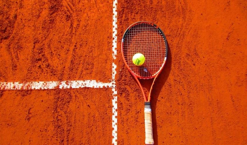 Bij Tennisvereniging Smitshoek zal voor het goede doel getennist worden (Foto: Pixabay)