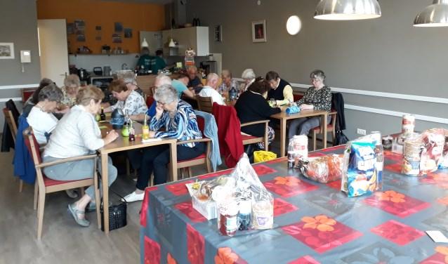 Gezellige middag met o.a een bingo. Opgeven kan bij de bar van Dorpspunt 't Blickvelt of via Mirian, 06-81390749.