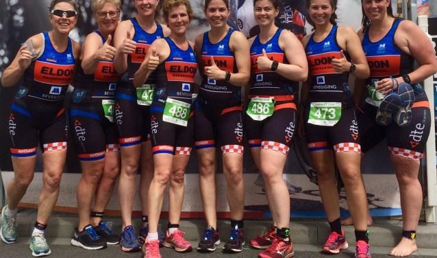 De twee damesteams van TLV de Langstraat.