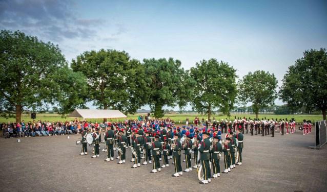 De 4 deelnemende jeugdkorpsen