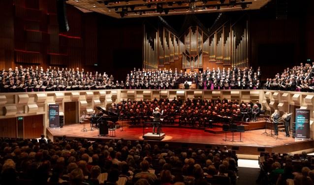 Johannes de Heer koor zingt in de Doelen, Rotterdam