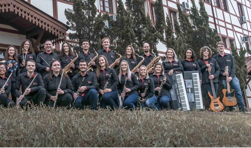 OSMF komt volgende maand met een gevarieerd repertoire naar St. Joseph. Foto: Josue Braun