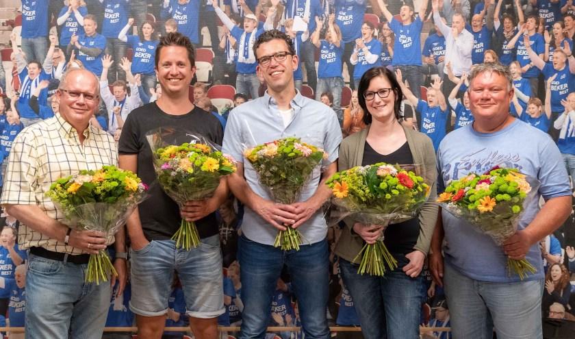 (vlnr) Sjaak Batenburg, Ruben van Mourik, Rob van Harten, Mara Kortland en Joris van Wijngaarden.