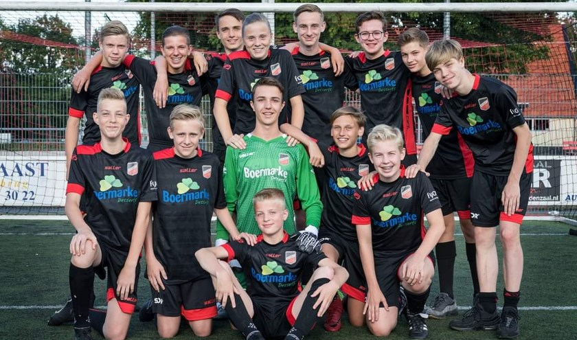 De jongens van Avanti Wilskracht gaan vol goede moed een voetbalavontuur aan in Zweden.