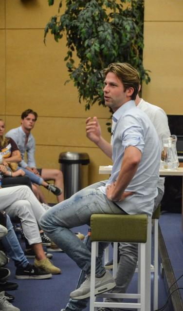 Thomas van der Vlugt weet precies wat hij moet doen om het publiek te boeien.