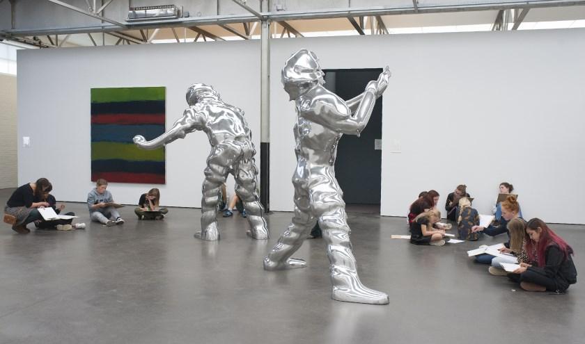 De Nieuwe Vincenten van 2018 aan het werk in De Pontmuseum.