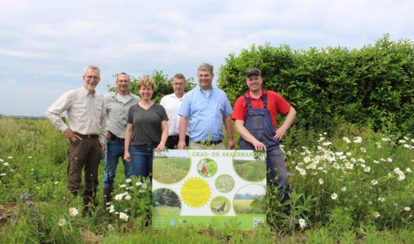 Projectgroep bloemrijke akkerranden, v.l.n.r. Henk van Ziel, Tijl Essens, Corine Weiman, Bert Snel, Bas Colen en Peter Mulder.
