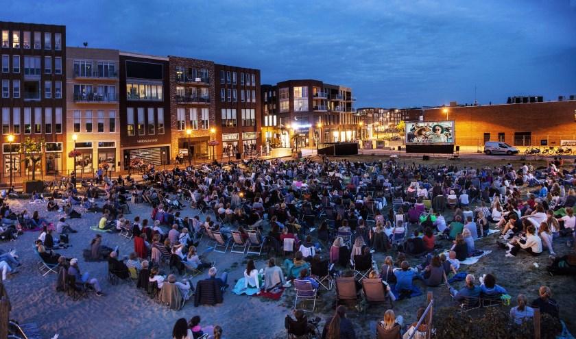 Een mooie opkomst bij de eerste Buitenfilm van Veenendaal dit seizoen. (Foto: Freek Visser)