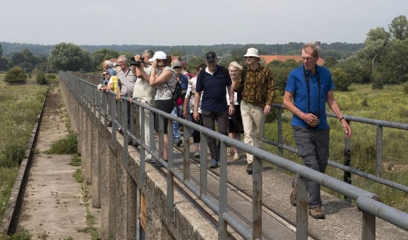 O.l.v. IVN gids Harry wandelen in Meinerswijk