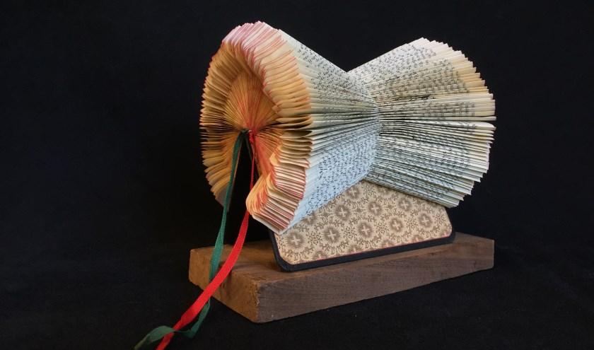 De expositie 'Papier' bij galerie Kempro.