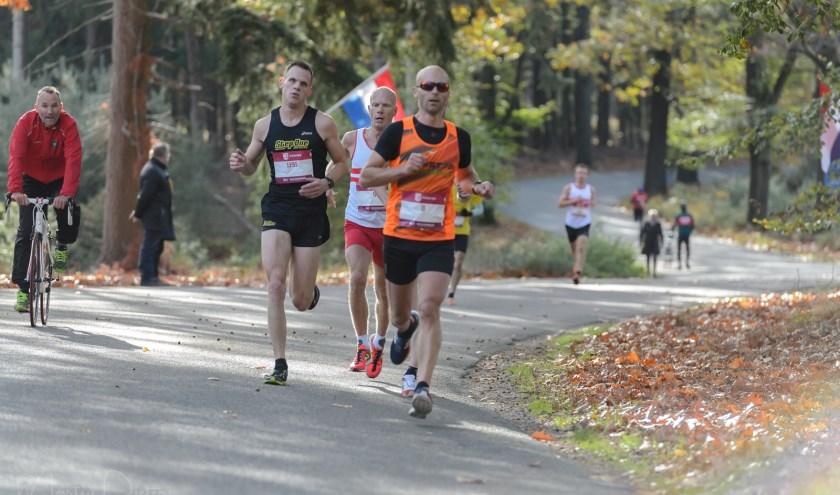 Bij de clinics van AV Holten of ASV Atletics kan getraind worden voor de 6 of 10 kilometer en de halve marathon. Foto: Martin Pieters.