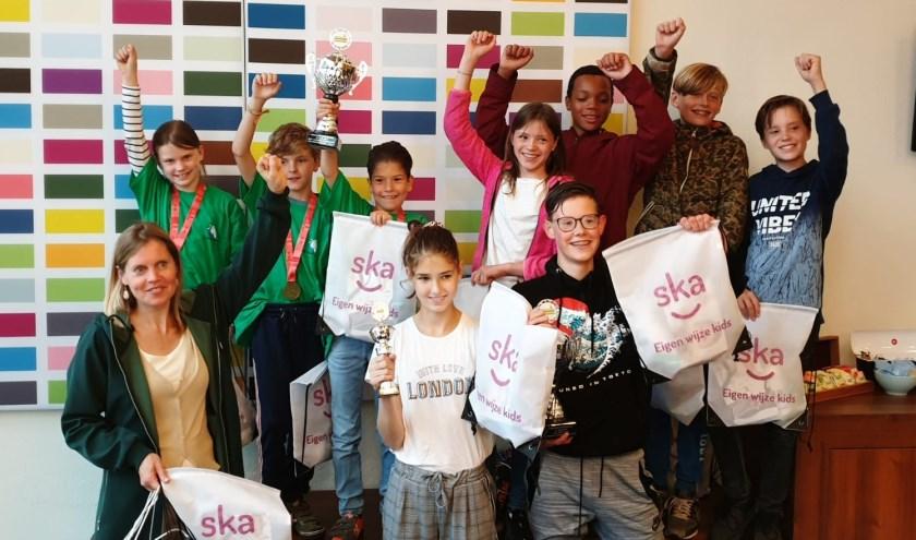 Leerlingen van het Johan van Oldenbarnevelt gymnasium zetten de snelste tijd neer op de Run2Day 5K Schoolchallenge op 16 juni.