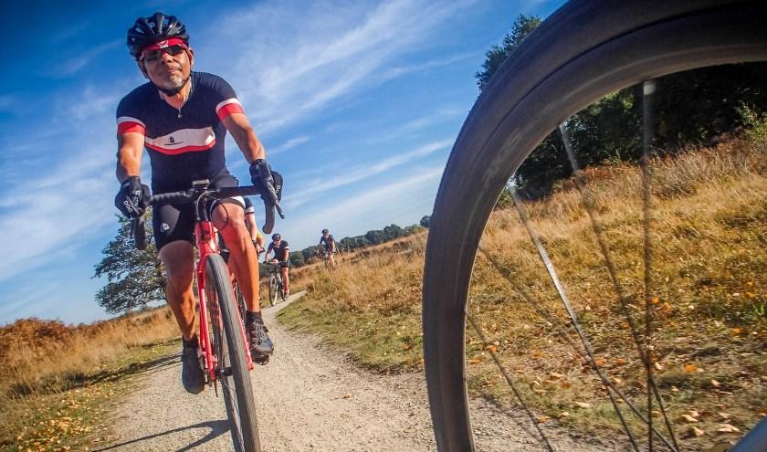 """De KCC Euregio Gravel Ride is een nieuw evenement op de wielerkalender in deze regio. Rob Kleinsman: """"De Euregio leent zich bij uitstek voor een fietstocht als deze."""""""
