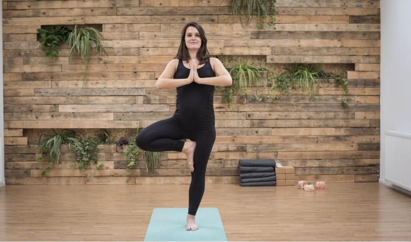 Daniella Vons in de Yogajuf-studio. Foto: Karen van Gilst Fotografie