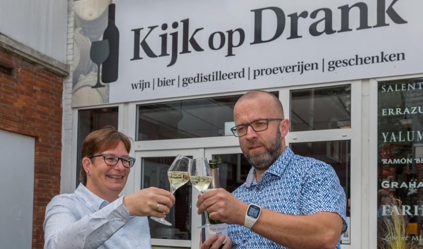 De slijterij van Marco Wagenaar en zijn vrouw Daniëlle heeft nieuwe naam: Kijk op Drank.