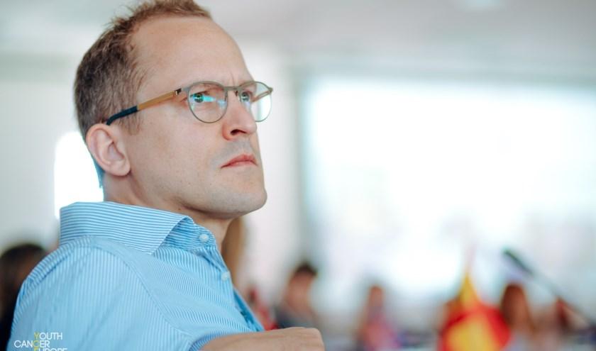 Arjen Korevaar bezocht in Hongarije een congres van mensen die op jonge leeftijd jeugdkanker hebben gehad.