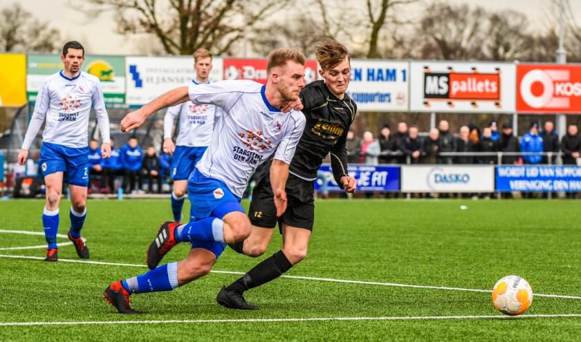De derby's tussen Vroomshoopse Boys en Den Ham staan ook komend seizoen weer op het programma. Foto: Erwin Heuver