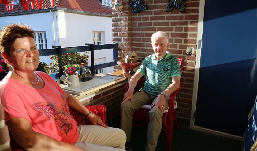 De Graafse Wim en Hermine Pierik zijn sportieve mensen. (foto: Marco van den Broek)