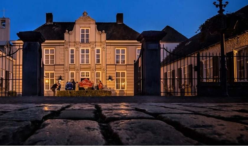 In ieder geval twee jaar nog blijft het monumentale Hof van Solms beschikbaar voor feesten en partijen.