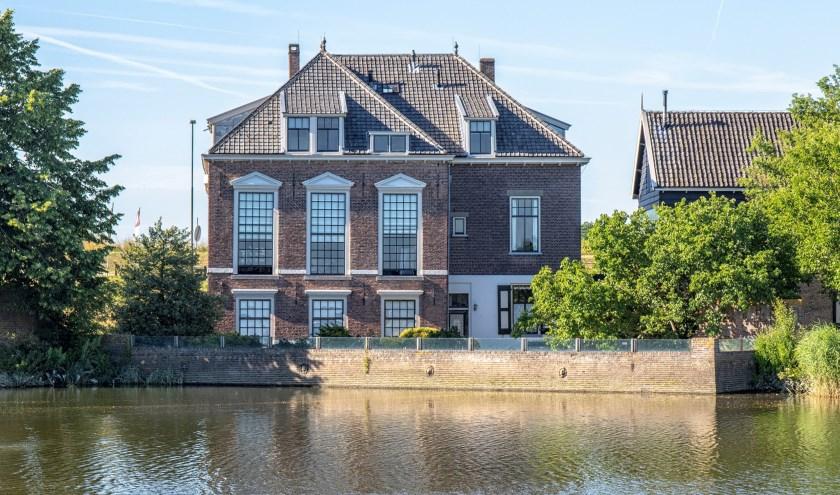Achterzijde Waardhuis. (Foto: Wim Deelen)