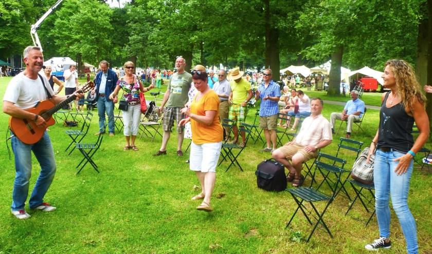 Zeldzaam Mooi Festival en Muziekkoepel Nering Bögel maken er samen weer een natuurlijk, ontspannen en sfeervol evenement van.