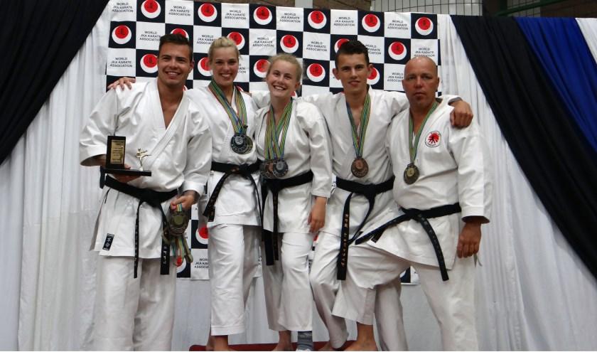 Het WJKA Wereld Kampioenschap Karate liep voor de karateka's van Karate do Vlissingen zéér voorspoedig. FOTO: PR